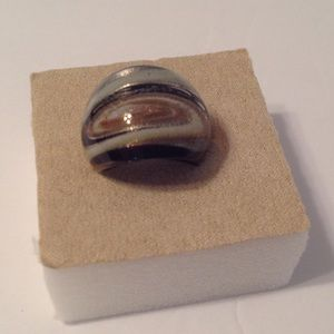 Jewelry - Glass Costume Fashion Ring Size 8